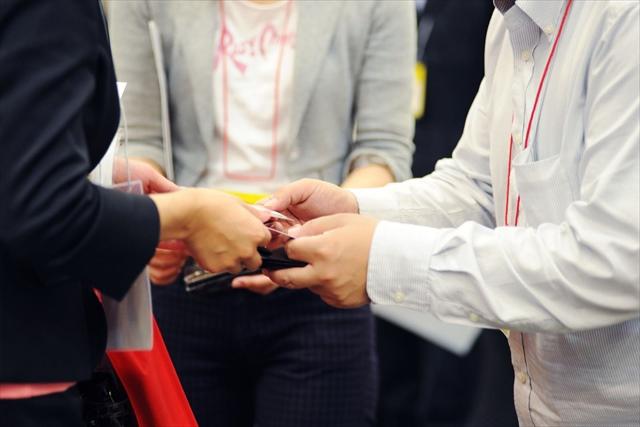 東京で社員研修の企画・実施をビジネスマナー講師が支援